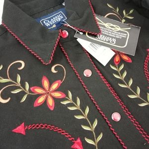 Classic Western Pearl Snap Embroidered SZ M